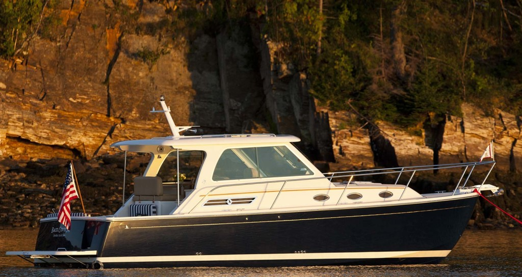 34 Foot Downeast Style Motoryacht Back Cove Yachts